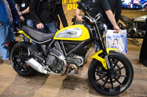 Ducati Scrambler. Sure to be a hit amongst the Hipster movement. I wouldn't say I wouldn't own one. Reminds me of the old Triumphs with a lot more Italian flare.